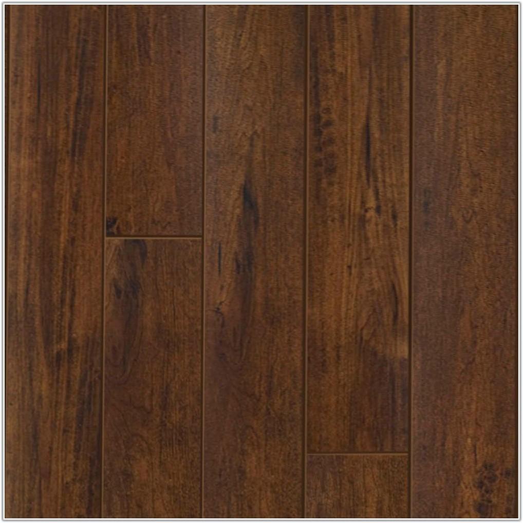 Select Surfaces Click Laminate Flooring Cocoa Walnut