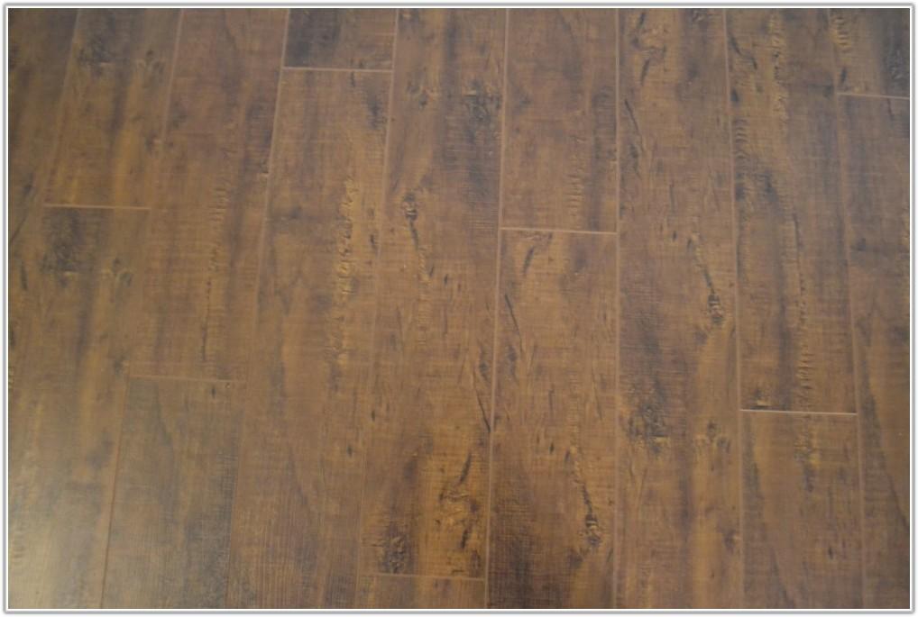 Select Surfaces Laminate Flooring