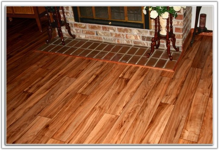 Vinyl Floor Looks Like Wood Planks