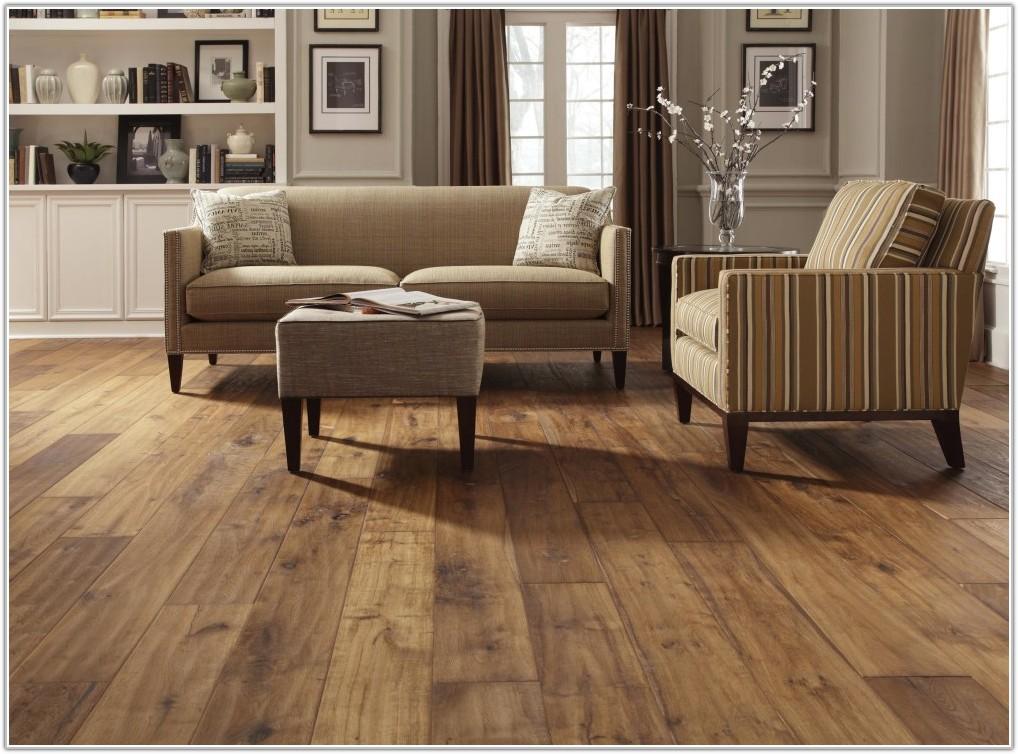 White Distressed Oak Effect Laminate Flooring
