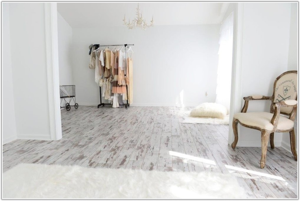 White Washed Wood Vinyl Flooring