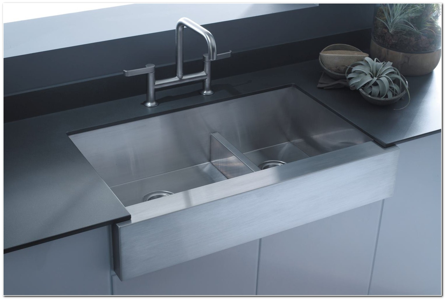24 Stainless Steel Apron Front Sink