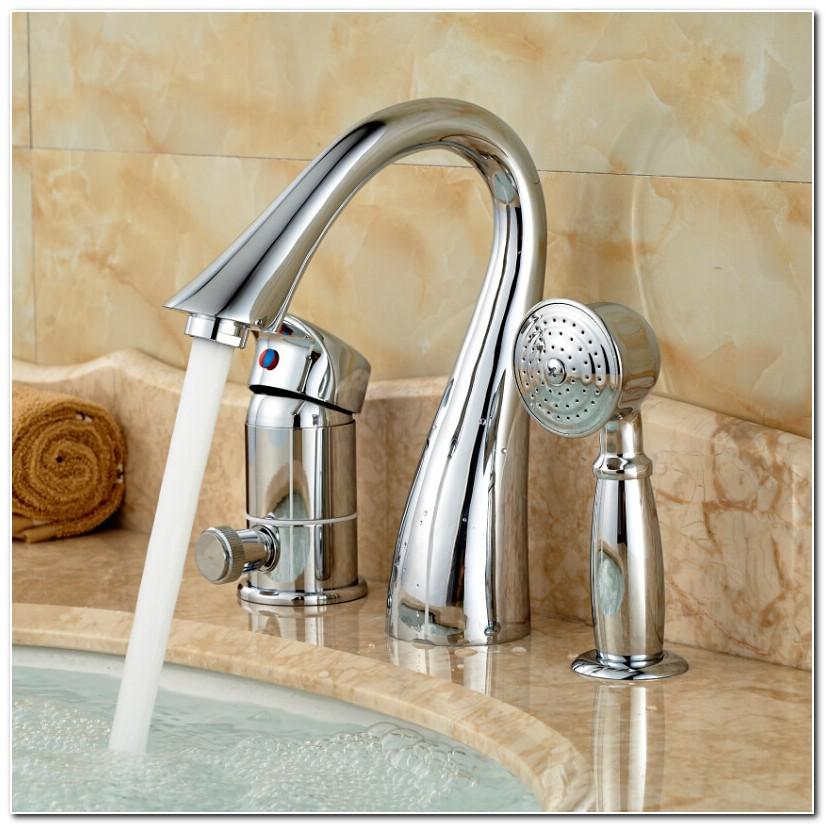 3 Hole Bathtub Faucet With Spray