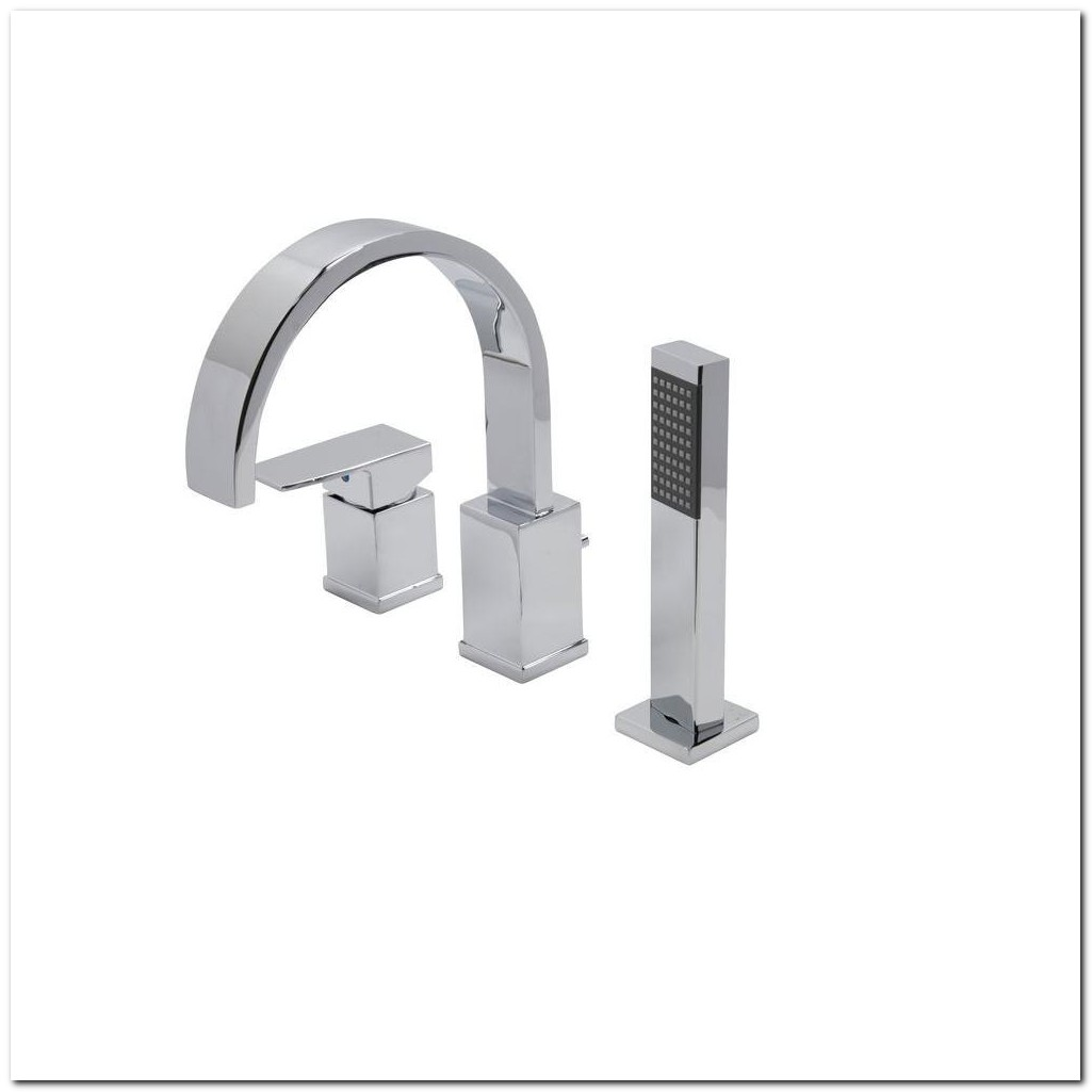 Chrome Roman Tub Faucet With Sprayer