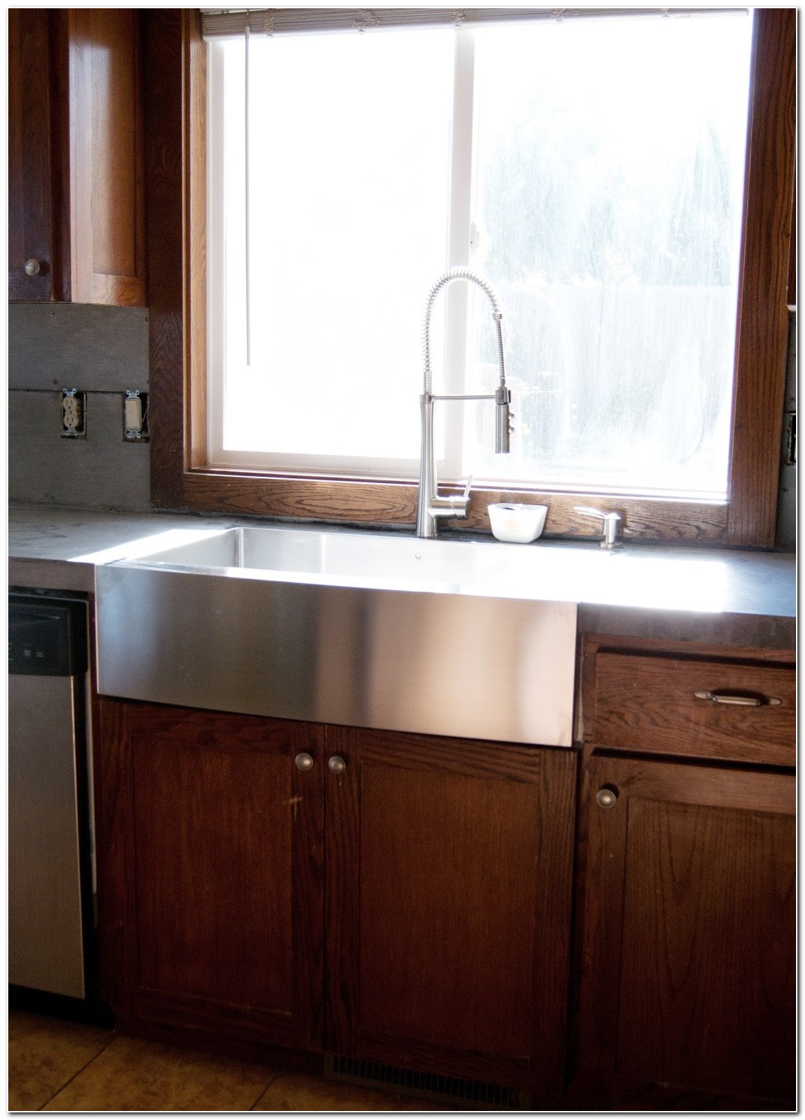 Flush Mount Stainless Steel Apron Sink