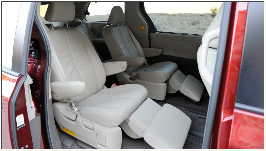 2011 Toyota Sienna Captains Chairs