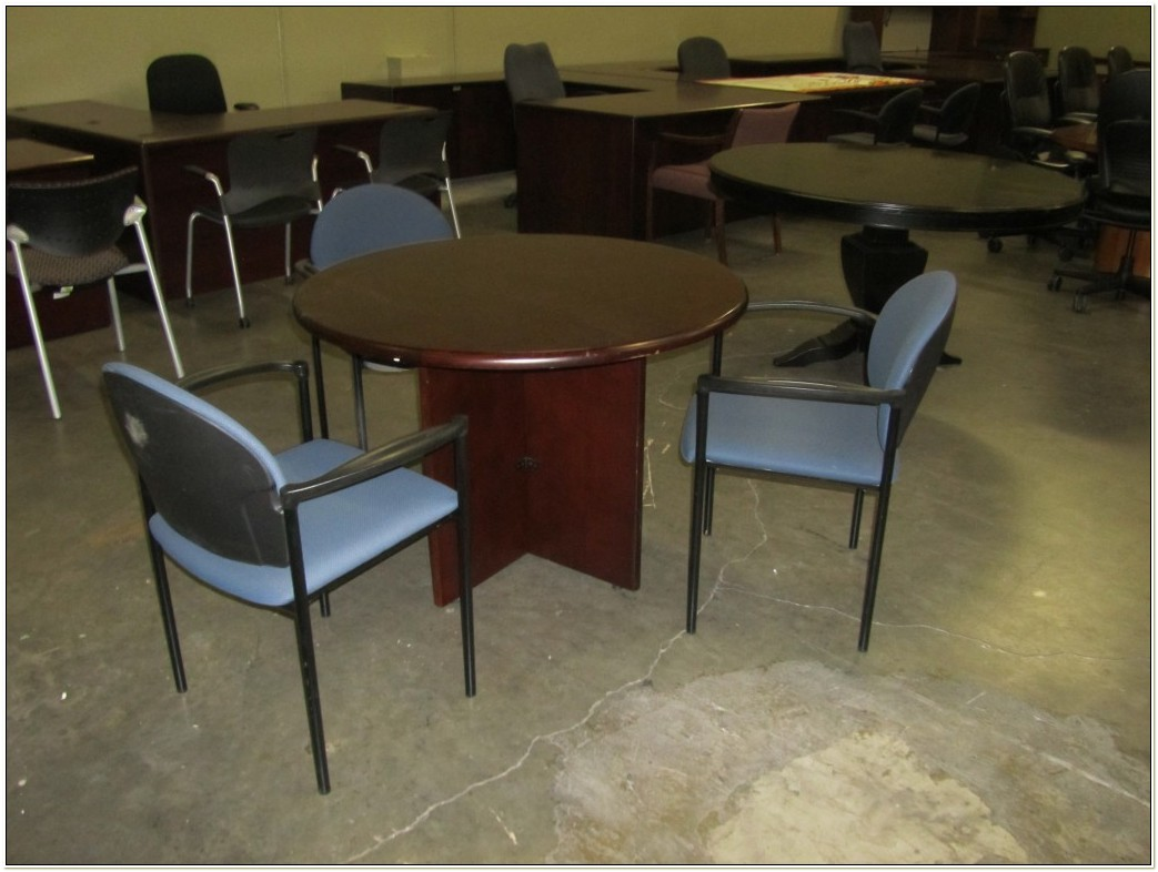 36 Round Conference Table And Chairs