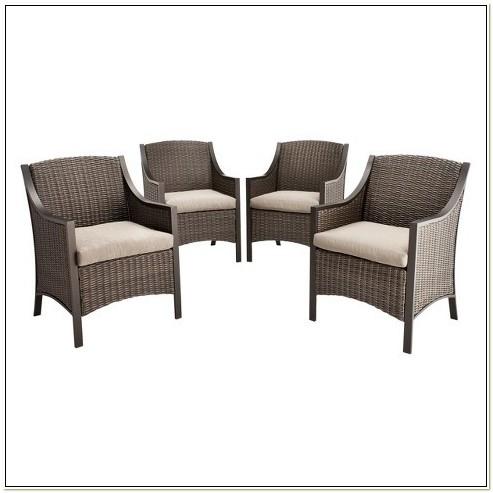 4 Chair Wicker Patio Set