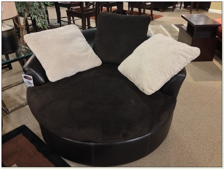 Ashley Furniture Victory Chocolate Oversized Swivel Chair