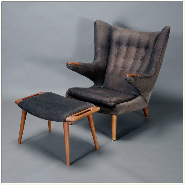 Authentic Hans Wegner Papa Bear Chair