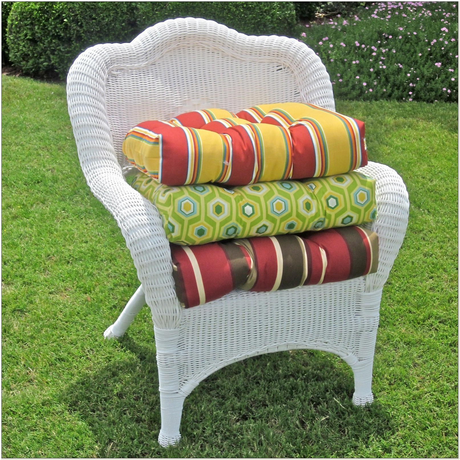 Blazing Needles Wicker Chair Cushions