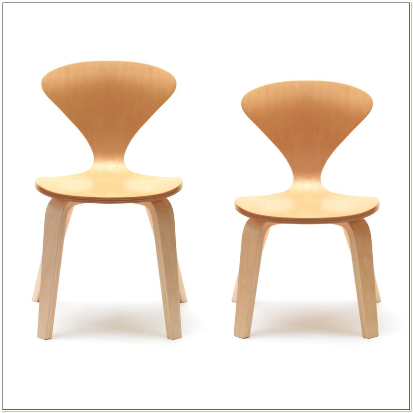 Cherner Table Chairs From Switch Modern