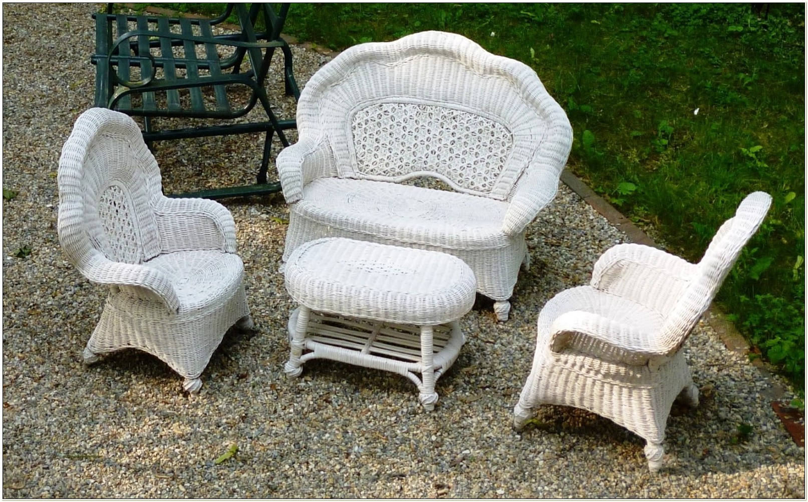 Childrens White Wicker Furniture