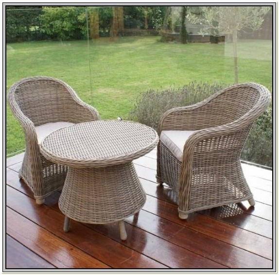 Childrens White Wicker Table And Chairs