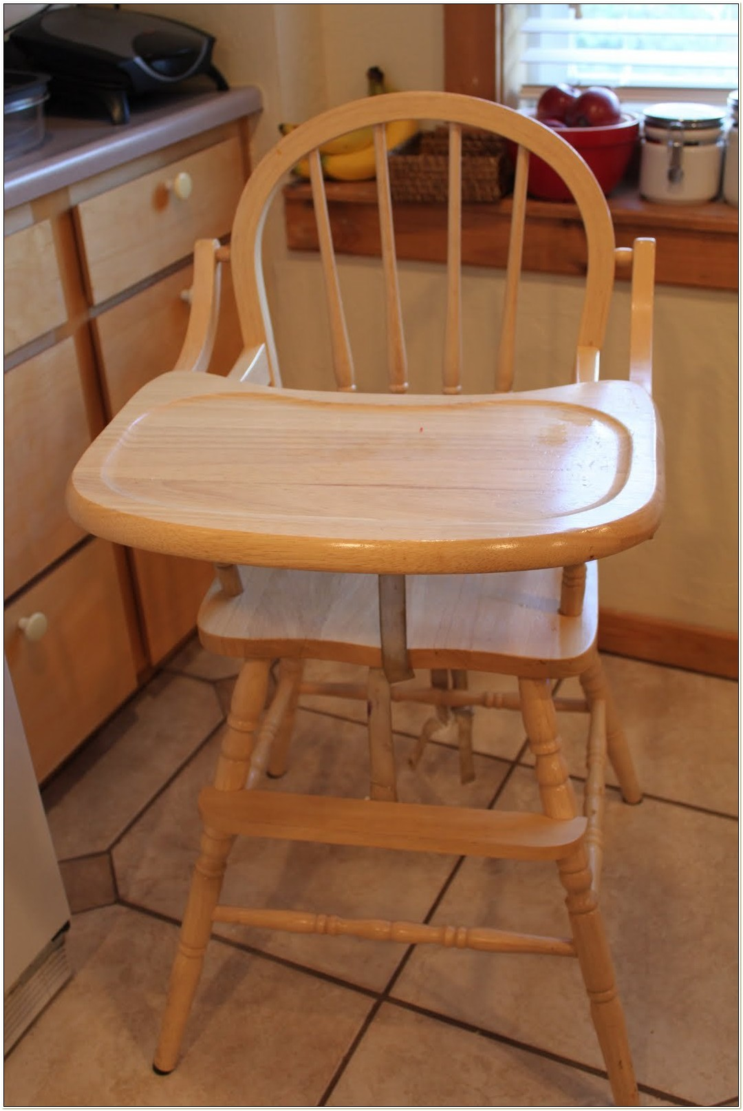 Cracker Barrel Wood High Chair