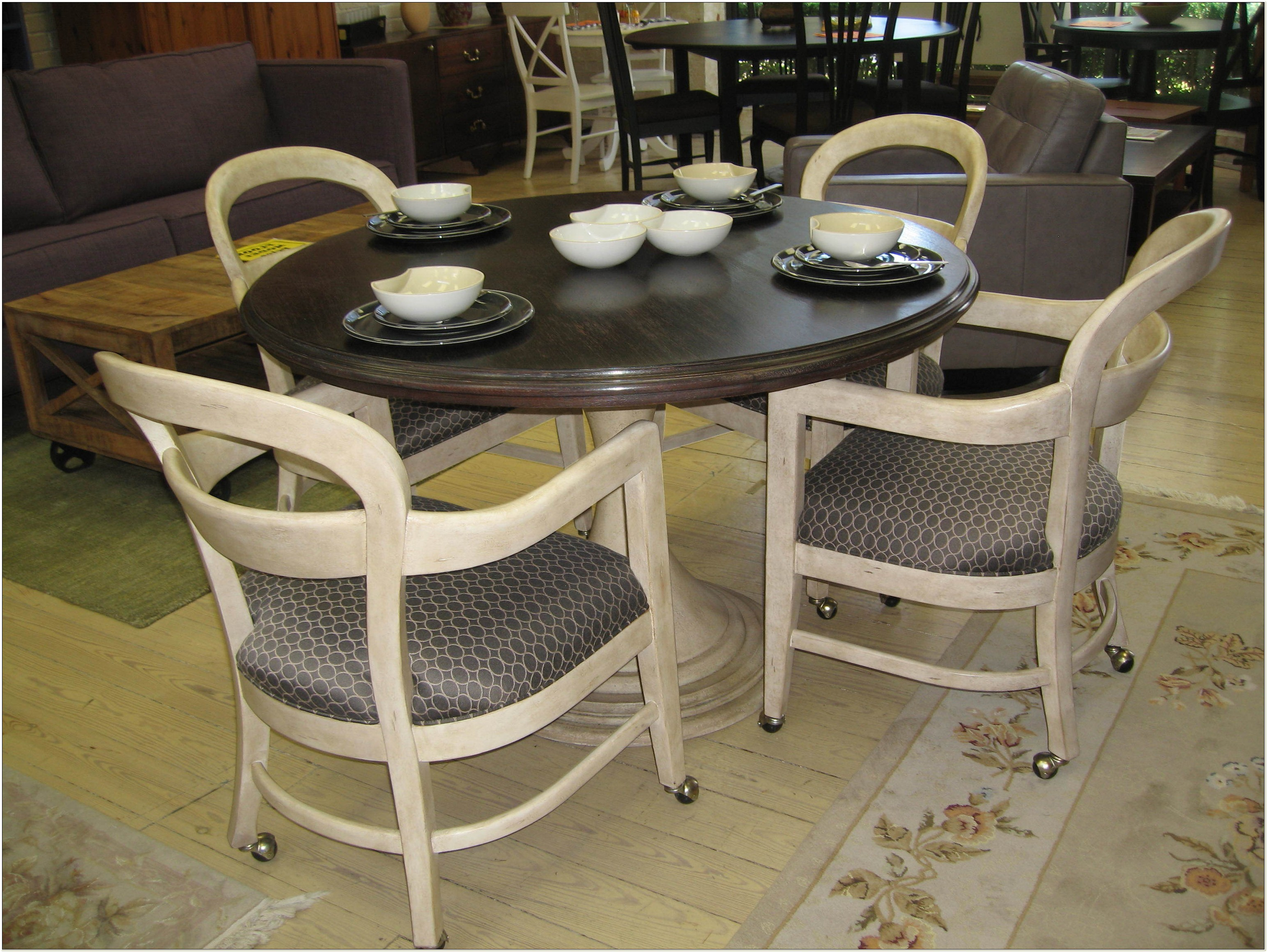 Dining Sets With Wheeled Chairs