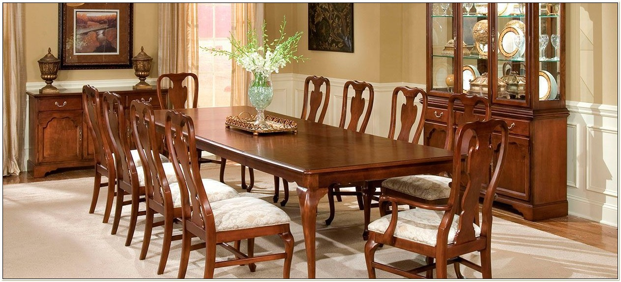 Drexel Heritage Furniture Dining Room