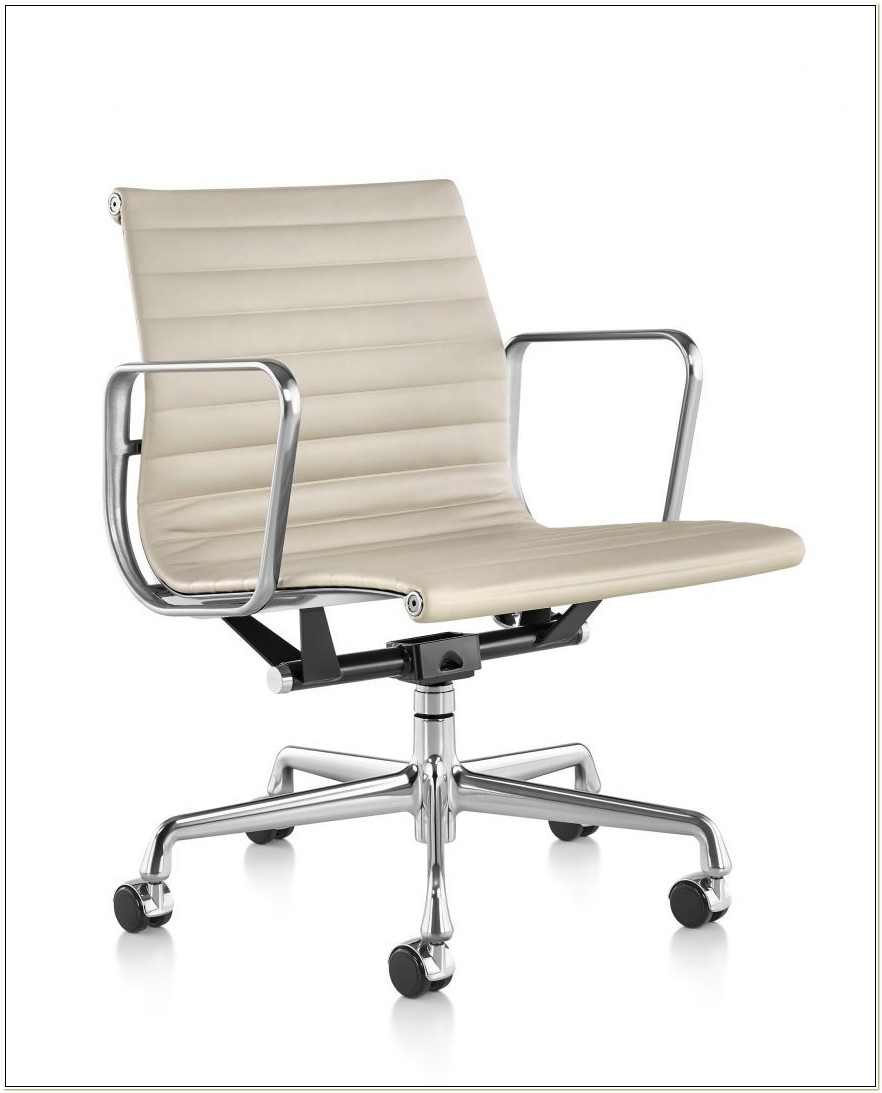 Eames Aluminum Executive Chair Vicenza Leather