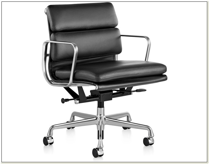 Eames Herman Miller Soft Pad Chair