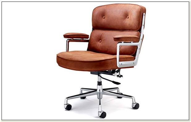 Eames Lobby Chair Replica