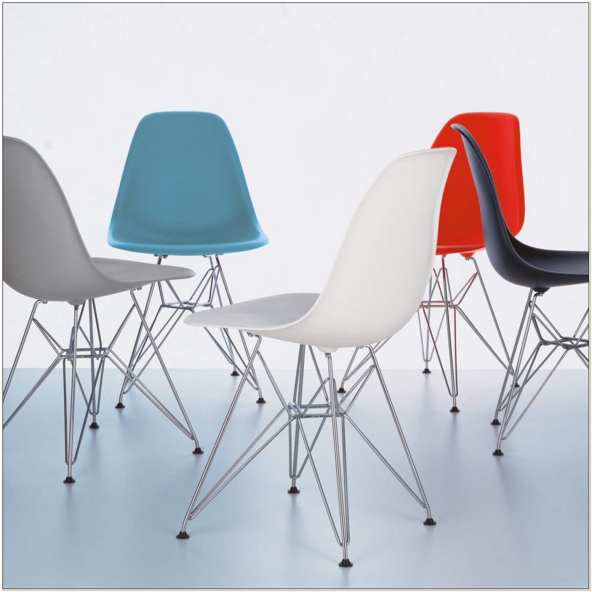 Eames Plastic Side Chair Dsr Cena