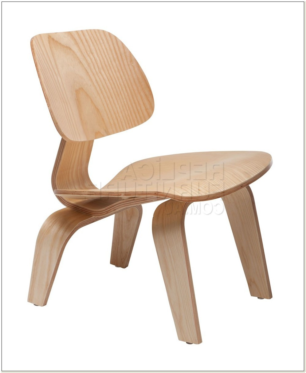 Eames Plywood Lounge Chair Replica