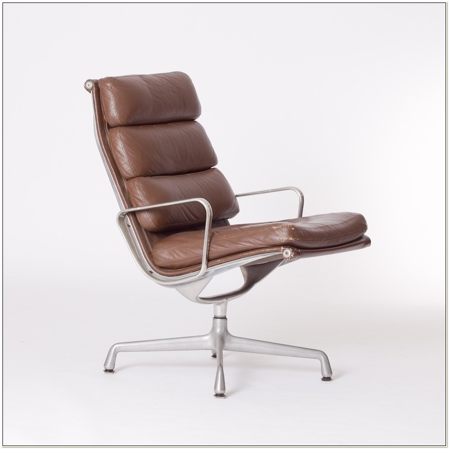 Eames Soft Pad Lounge Chair Vintage