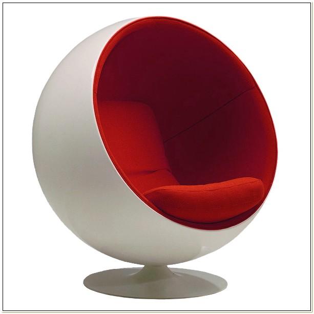 Eero Aarnio Ball Chair History