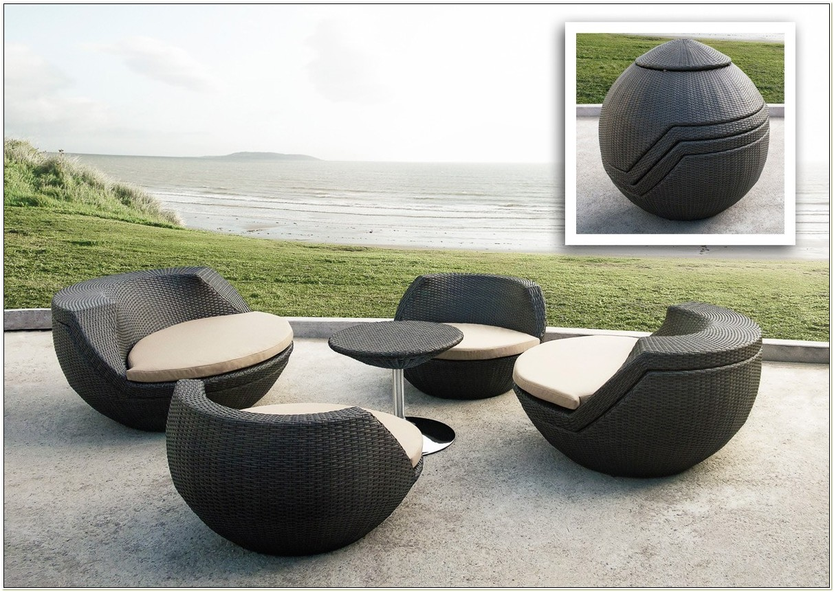 Egg Shaped Patio Chairs