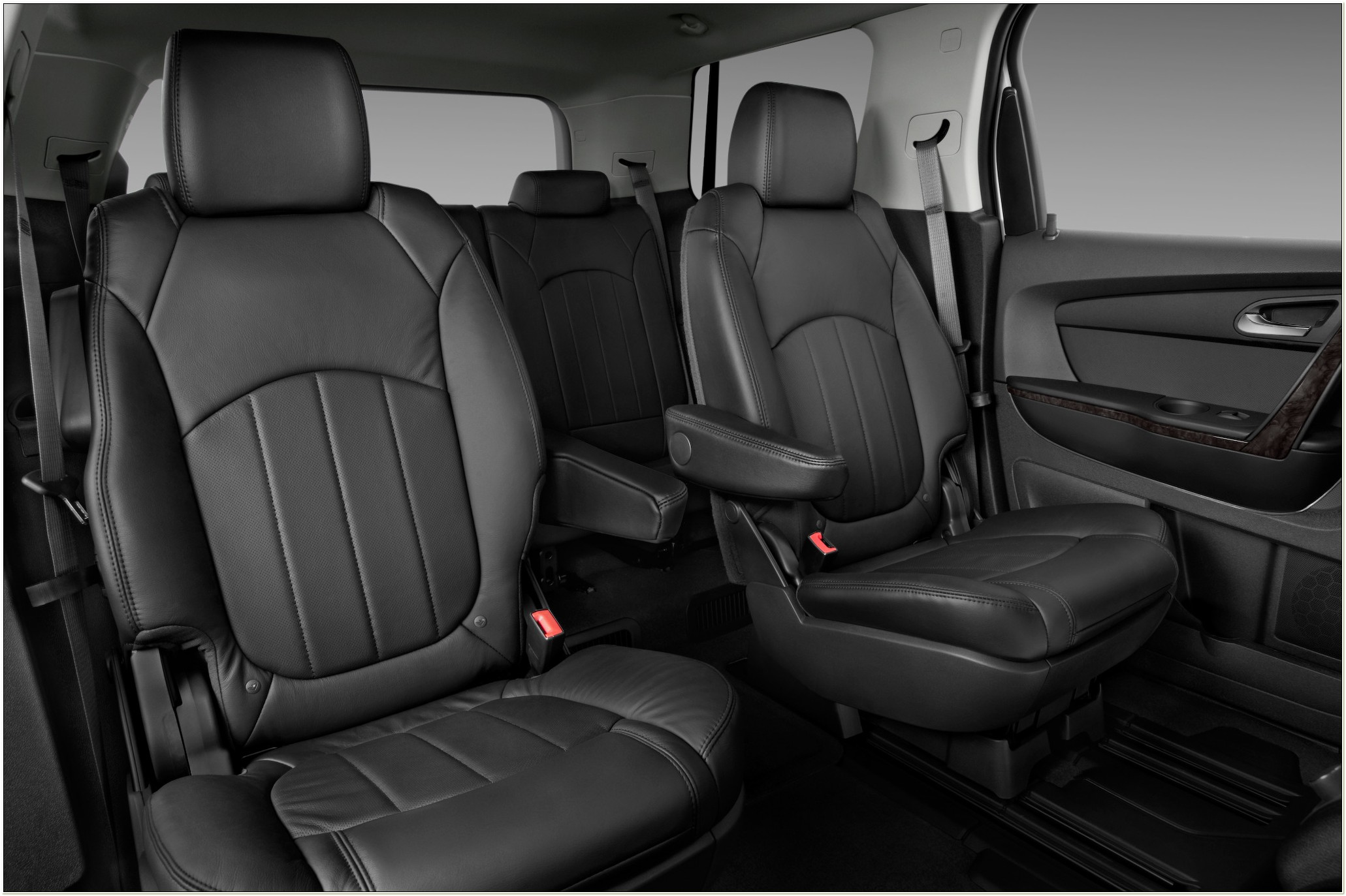 Gmc Acadia With Captains Chairs