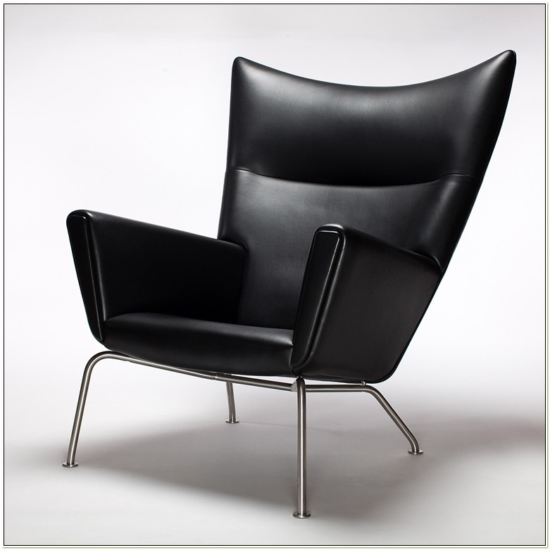 Hans Wegner Wing Chair Pris
