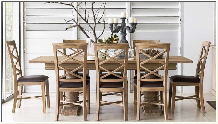 Harveys Oak Dining Table And Chairs