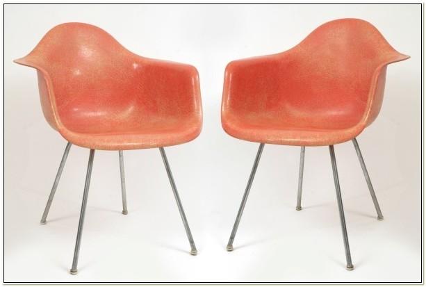 Herman Miller Fiberglass Chair Vintage