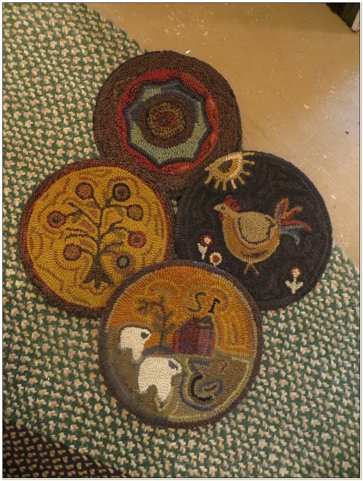 Hooked Wool Chair Pads