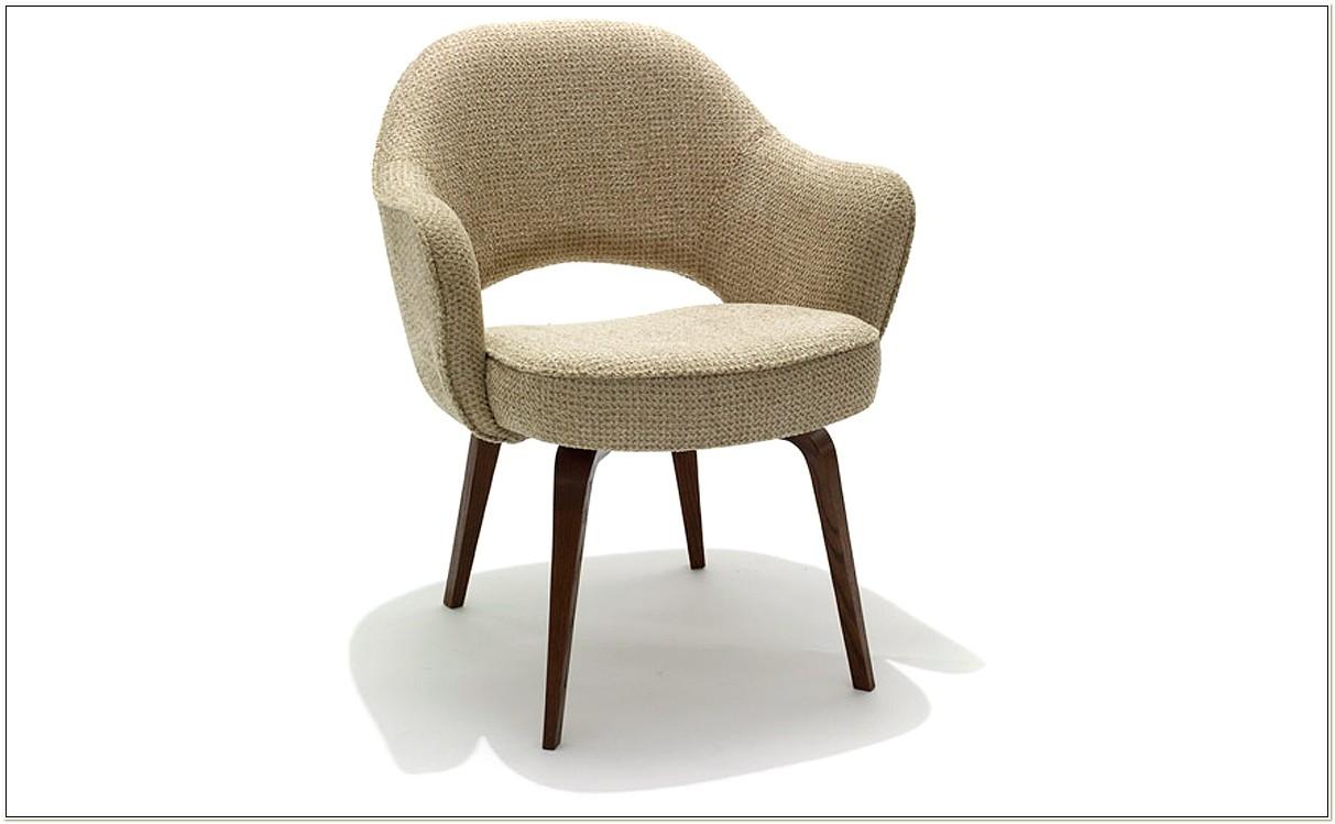 Knoll Saarinen Executive Chair With Wood Legs