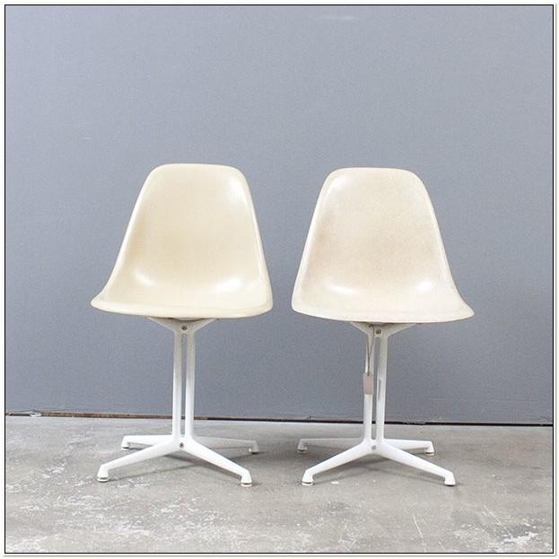 La Fonda Base Eames Chair