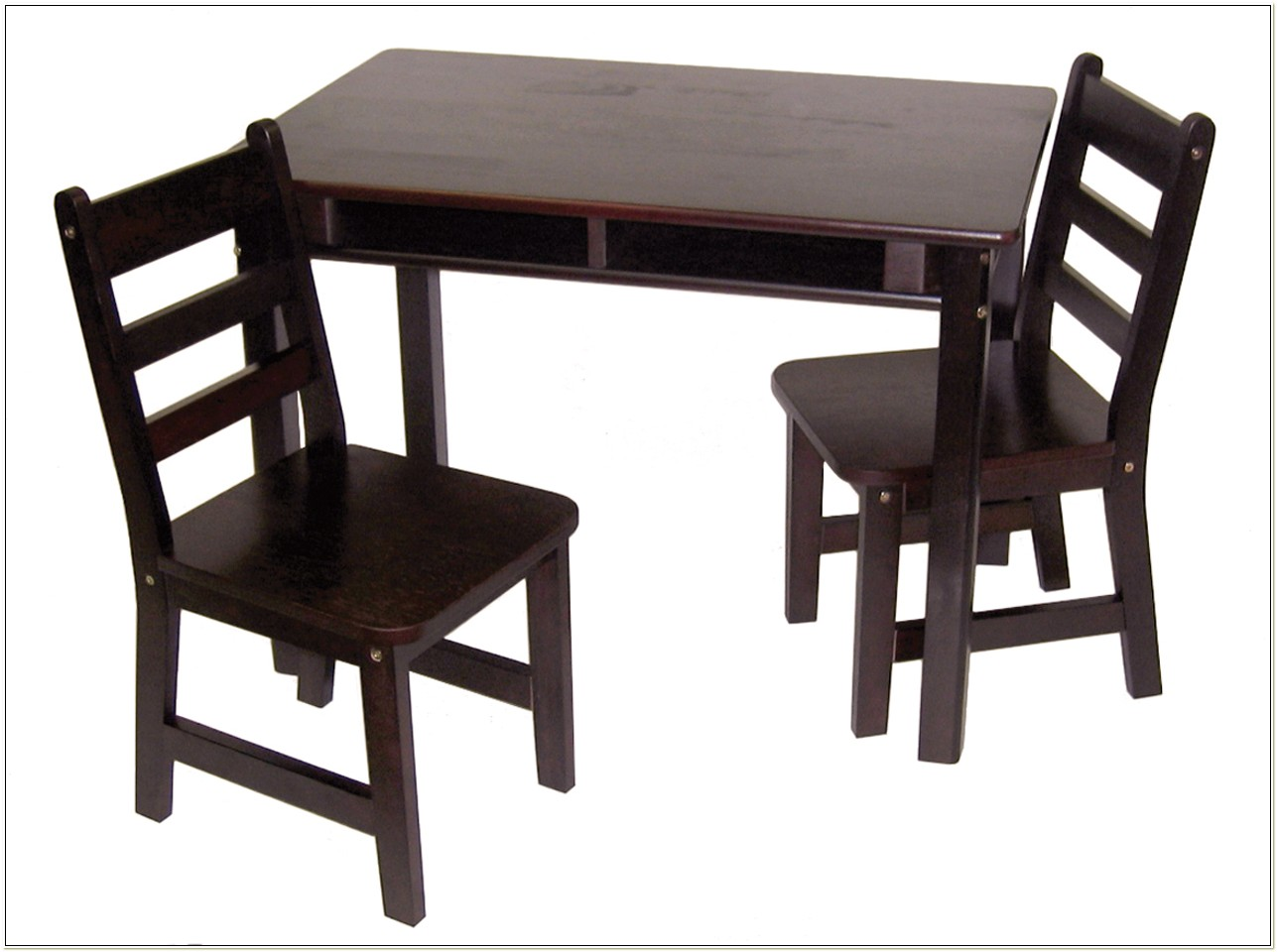 Lipper International Kids Table And Chair Set