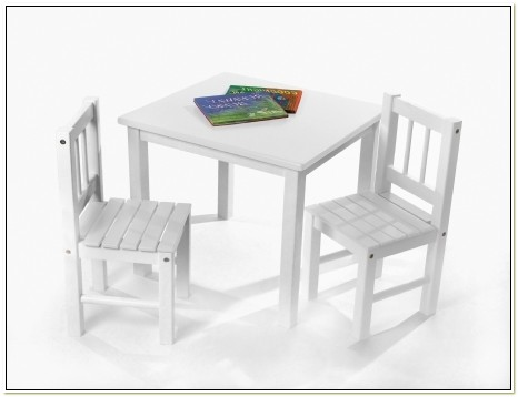 Lipper Table And Chair Set