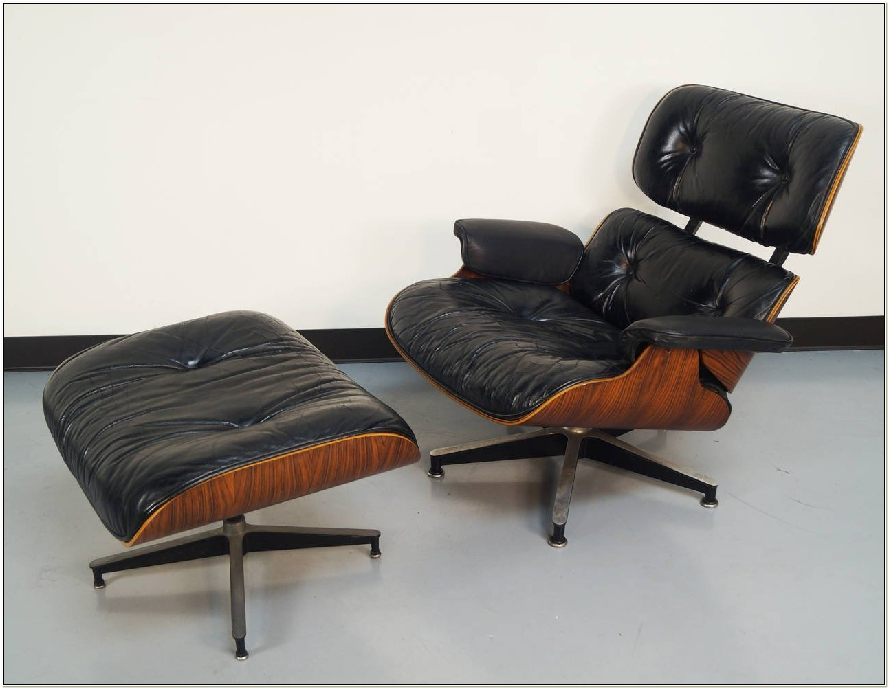Original Eames Lounge Chair Rosewood