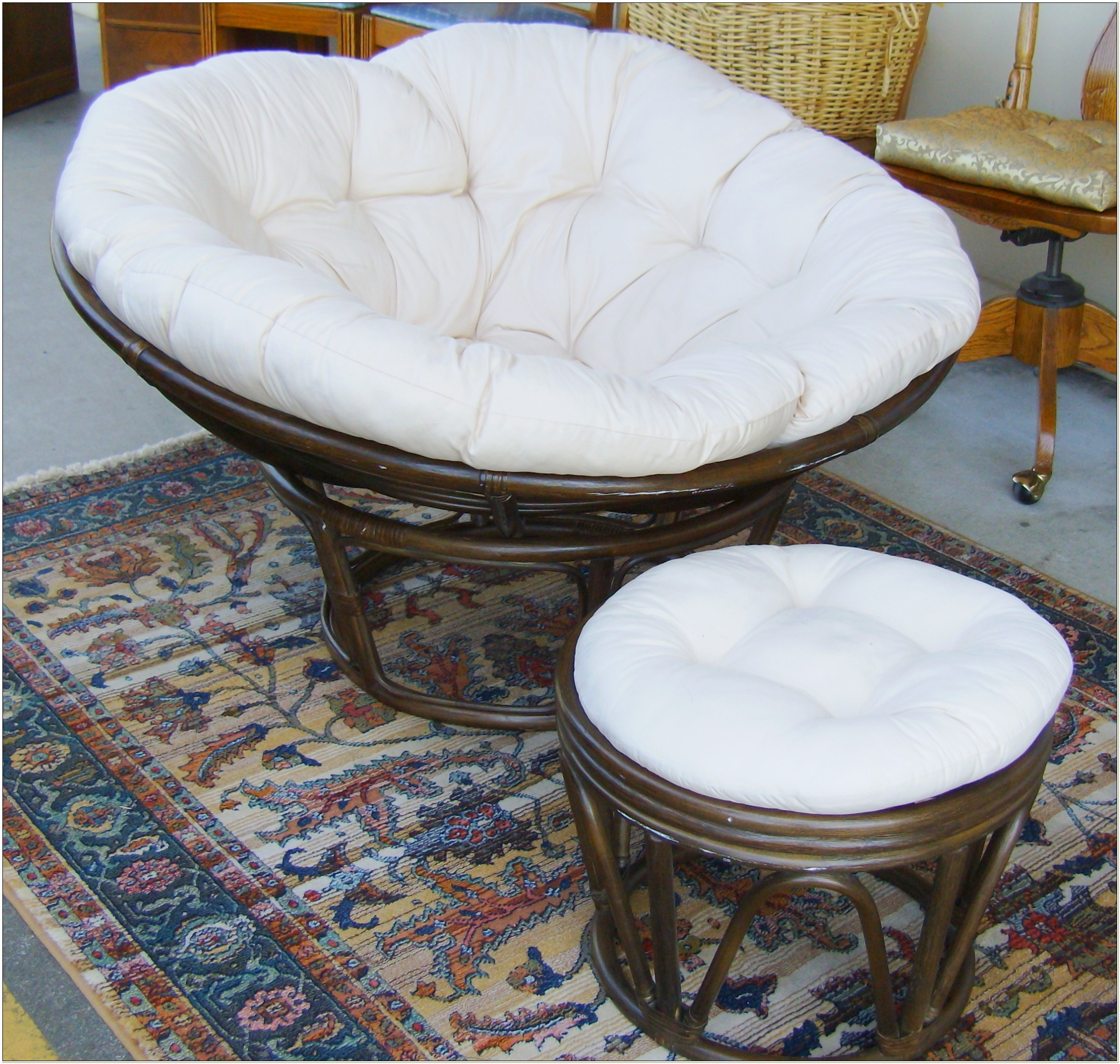 Papasan Chair And Cushion Set