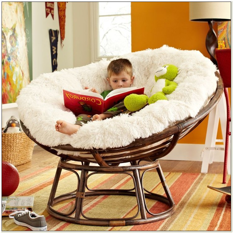 Papasan Chair With Fuzzy Cushion
