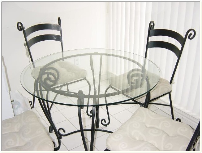 Pier One Wrought Iron Table And Chairs