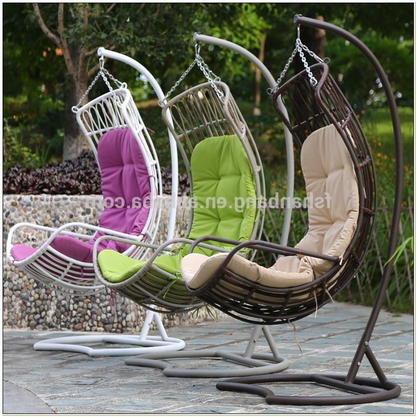 Rattan Patio Swing Chair With Stand