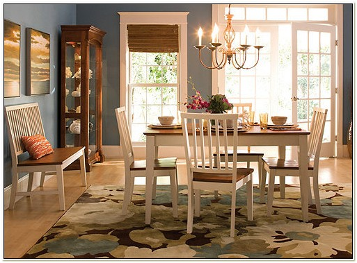Raymour And Flanigan Ashby Dining Set