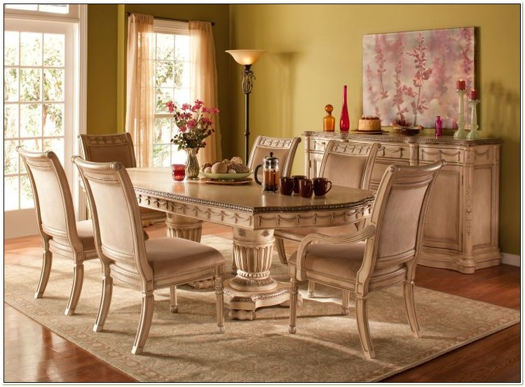Raymour And Flanigan Dining Room Furniture