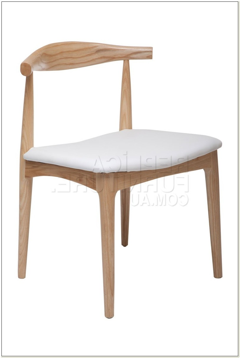 Replica Hans Wegner Elbow Chair White