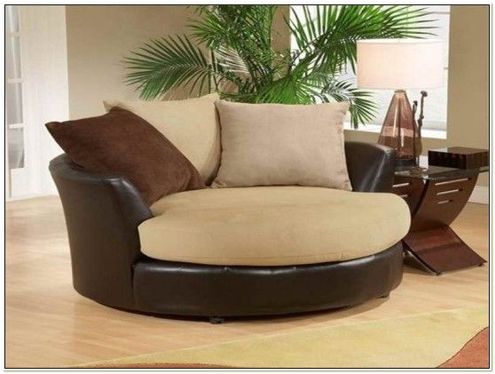 Round Swivel Snuggle Chair
