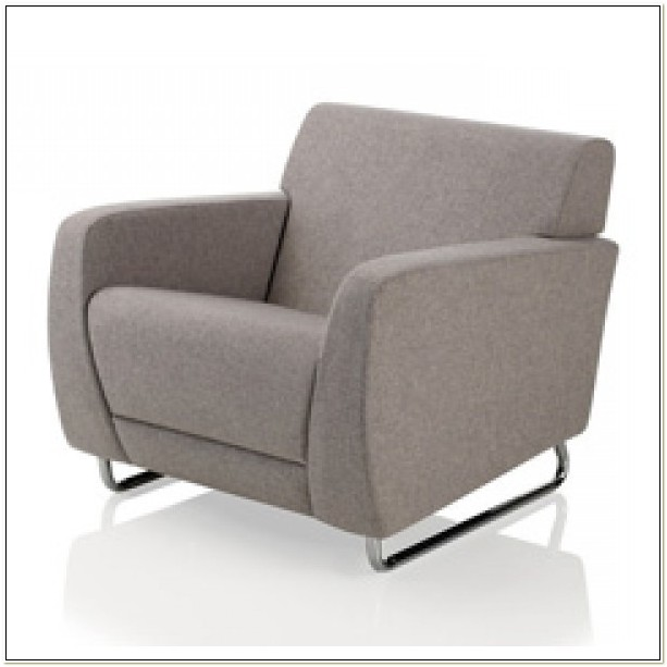 Sela Lounge Tablet Arm Chair