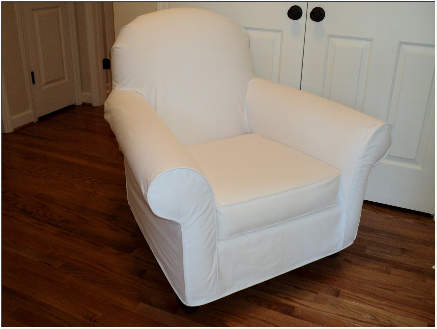Slipcovers For Rocking Chairs And Ottomans
