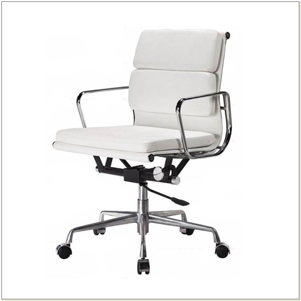 Soft Pad Management Chair Reproduction